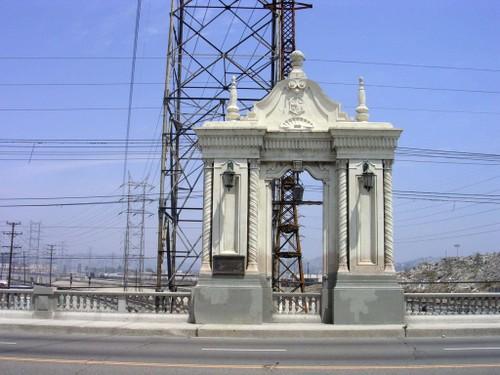 Cesar Chavez Bridge