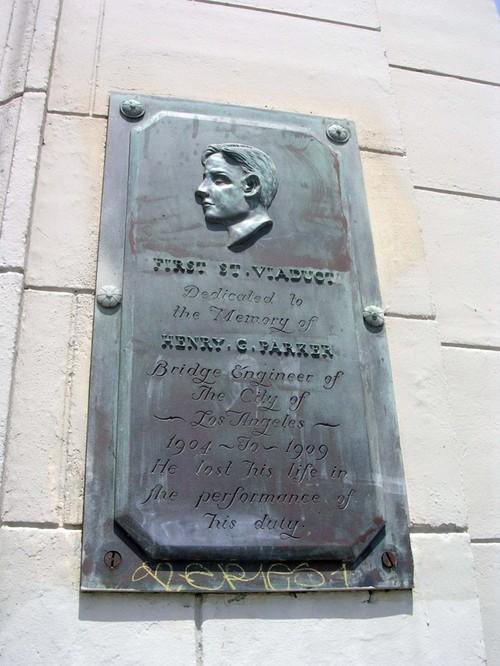 Henry Parker Memorial / 1st Street Viaduct