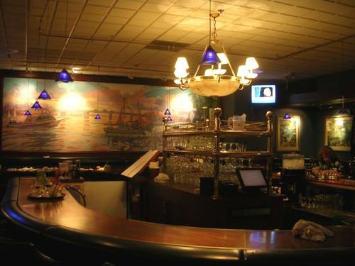 the bar at Hoff's Hut
